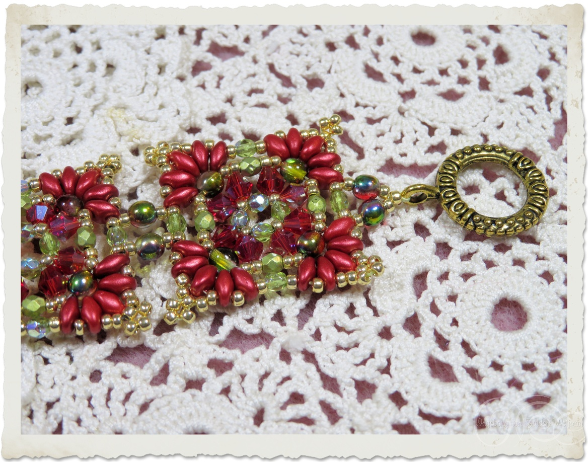 Handmade bead weaving bracelets in red green and gold with Superduo, Miyuki seed beads, Czech crystals and bicone beads