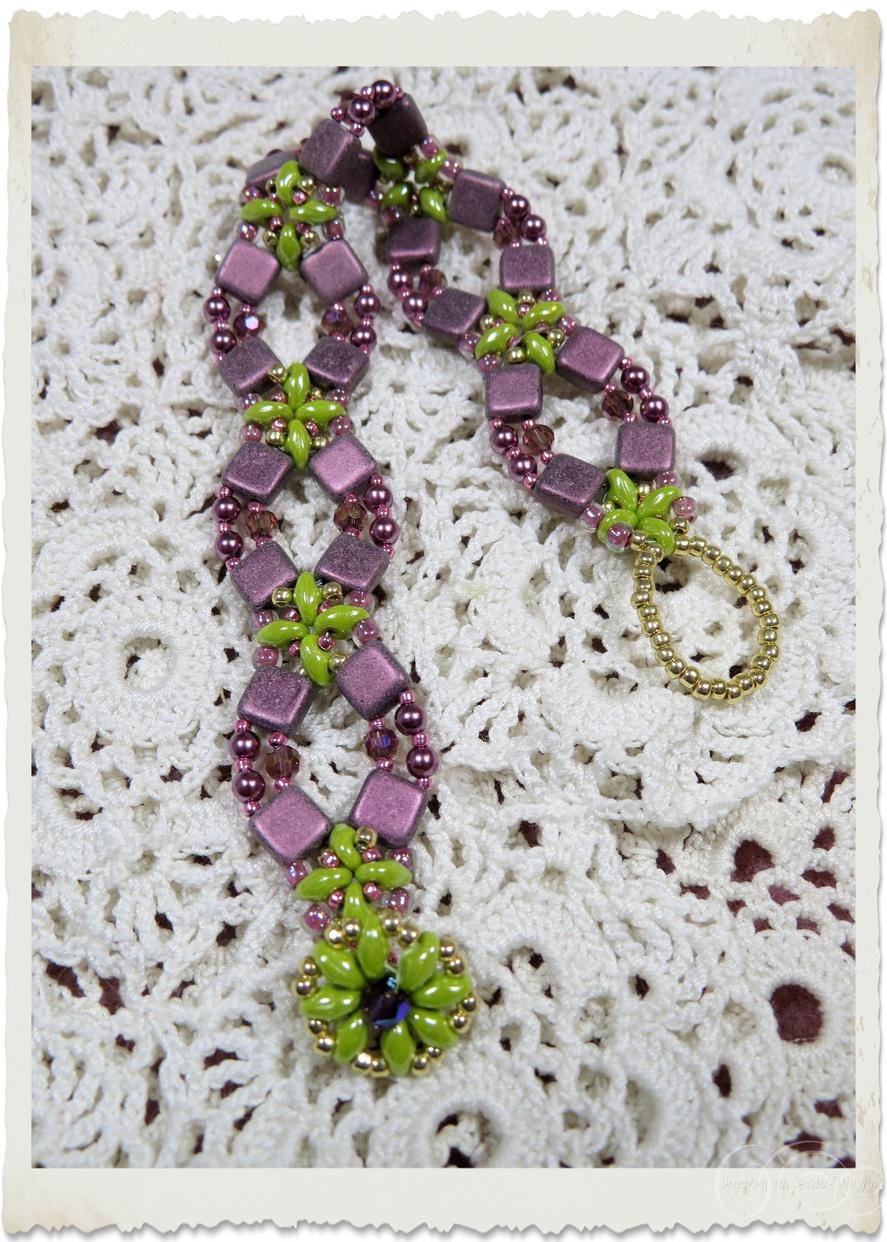 Handmade purple green bracelet with Miyuki seeds beads, Czechmate tila beads and Superduo beads